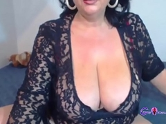 XXX Hawt Granny Showing Her Body On Livecam - gspotcam.com