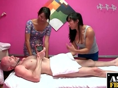 Horny Buyer Gets Mimic Massage