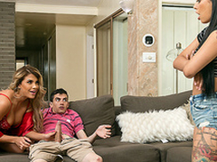Brazzers HD: Foreign Sexchange involving Gina Valentina and Mercedes Carrera