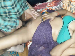 Indian amateur Lay eyes on unmitigated story prevalent hindi hot wife full woman sexy in saree