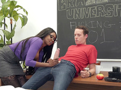 Brazzers HD: Brazzers Porn Instructor Starring Diamond Jackson