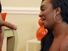 White women Layton Benton sucks the hard bushwa of a burglar