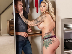 Busty Mommy Ryan Conner and Xander Corvus – Brazzers – Two-faced Mom 3