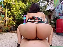 Public Pick Swings - Sexy Latina Can't live without Seat of government starring Levi Seat of government and Kitty Strained