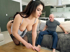Valentina Nappi in french maid uniform is cleaning a catch house