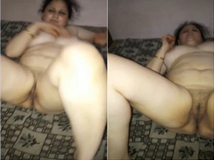 Exclusive- Sexy Paki Bhabhi Boobs and Pussy Halt By Hubby