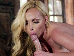Nikki Benz is going fro give a XXX fellatio make advances to sperm fills mouth