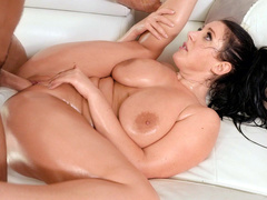 Hairless pussy of Angela White is filled with man's hard XXX contraption