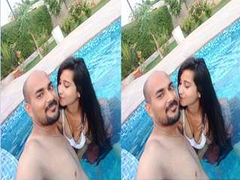 Today Exclusive- Sexy Desi Couple Romance and Pussy Fingerring