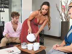 Nymph Mac finds the opportunity on touching enjoy XXX pastime even in stepmom's house