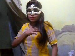 Desi XXX - Charming Indian Townsperson Girl Showing Natural Tits